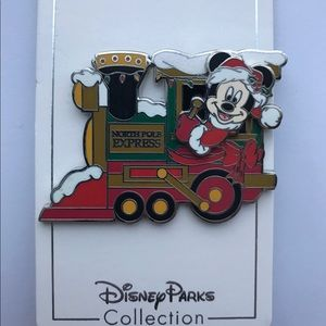 Disney Pin Mickey North Pole Express